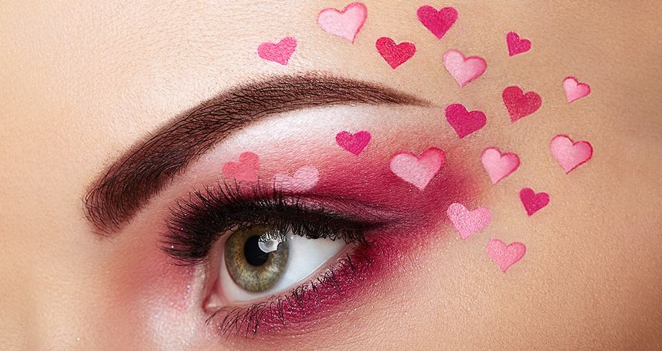 Valentine's Day Makeup Looks We Love | Burst Makeup Brushes